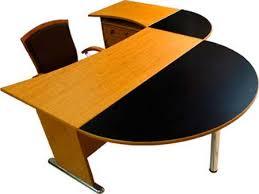 میز اداری نیم دایره
