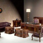 میز اداری سلطنتی