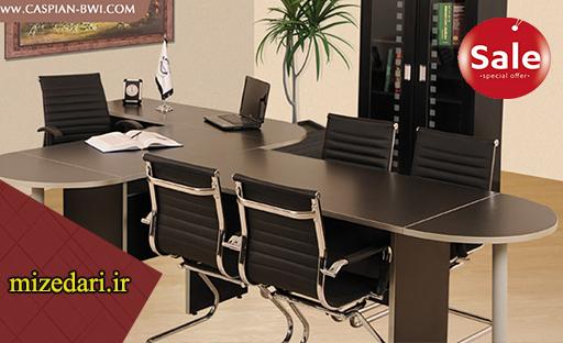 میز مدیریت جوان